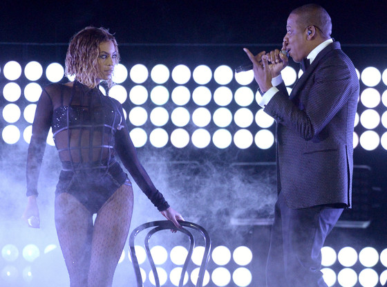 Beyonce drunk in Love 2014 Grammy Performance with Jay Z